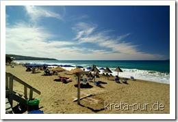 Hochbetrieb am Strand von Kalamaki