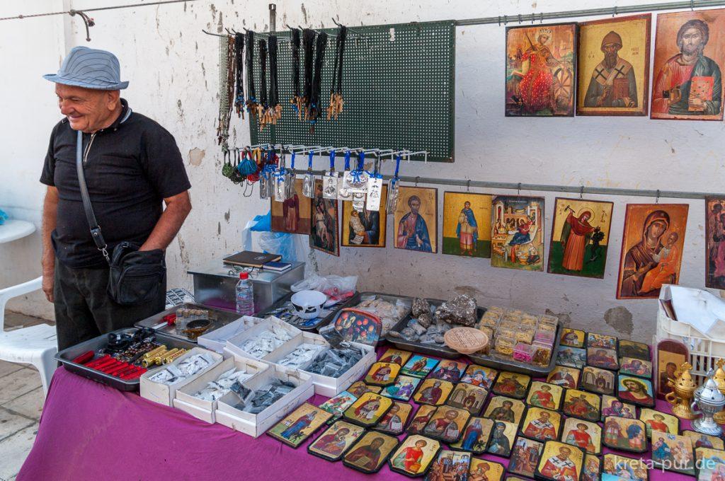 Symbolbild: Käufliche Heiligkeit auf dem Markt von Tymbaki, Südkreta