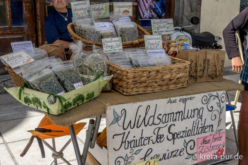 Stand von Gabi auf dem Markt in Mires